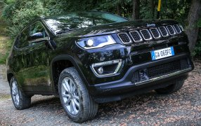 Jeep Compass Typ 2
