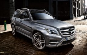 HMK TitleCarMatsBefore Mercedes GLK.
