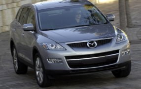 HMK TitleCarMatsBefore Mazda CX-9.