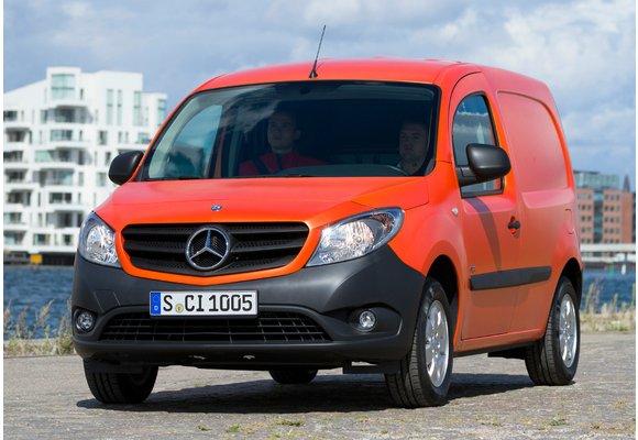 2012- Gummifußmatten für Mercedes CITAN 2teilig